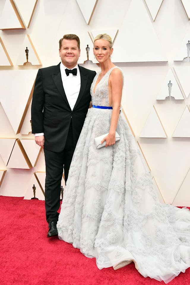<p>These are all the celebrity couples that made us go 'aww' at the 2020 Oscars! Take a look at the picture-perfect red carpet moments here ...</p>