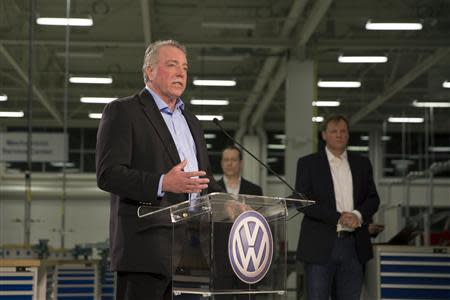 Gary Casteel, United Auto Workers (UAW) Region 8 Director, makes remarks at a news conference after the announcement that the union lost its bid to represent the1,550 blue-collar workers at the Volkswagen plant in Chattanooga, Tennessee February 14, 2014. REUTERS/Christopher Aluka Berry
