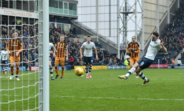 "Soccer Football - Championship - Preston North End vs Hull City - Deepdale, Preston, Britain - February 3, 2018 PrestonÕs Alan Browne scores their second goal from the penalty spot Action Images/Paul Burrows EDITORIAL USE ONLY. No use with unauthorized audio, video, data, fixture lists, club/league logos or ""live"" services. Online in-match use limited to 75 images, no video emulation. No use in betting, games or single club/league/player publications. Please contact your account representative for further details."
