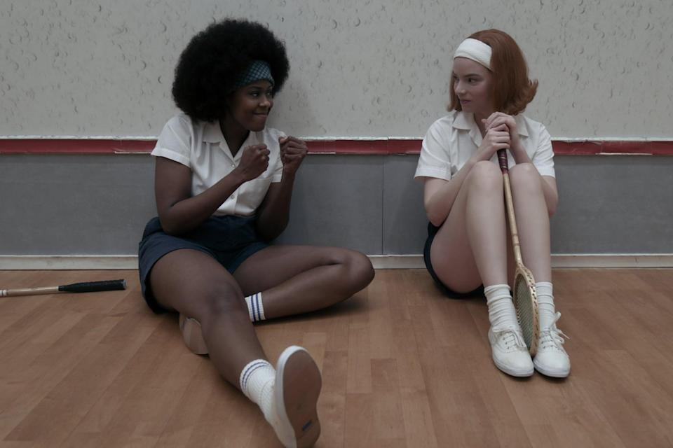 <p>Beth rocked a thick white stretch headband while playing badminton and you can create the gym-time look with <span>ASOS Design Wide Jersey Headband in White</span> ($8).</p>