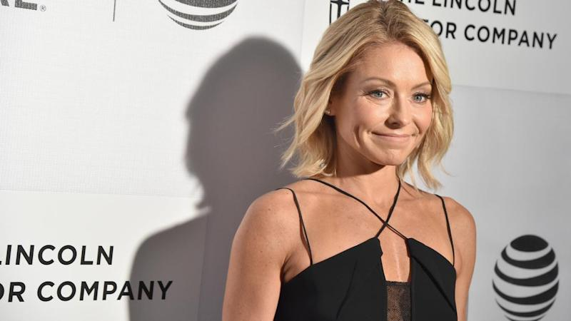 Kelly Ripa Shares a Silly Daughter-Approved Holiday Pic With Her Kids and Mark Consuelos
