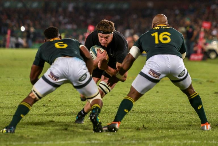 All Blacks flanker to remain in SA after neck injury