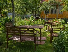 8-ways-to-save-money-on-costly-lawn-care-8-furnishings-lg