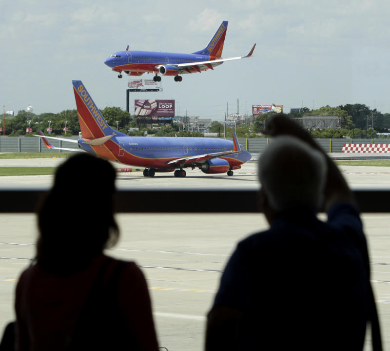 Chicago mayor scraps plan to lease Midway airport