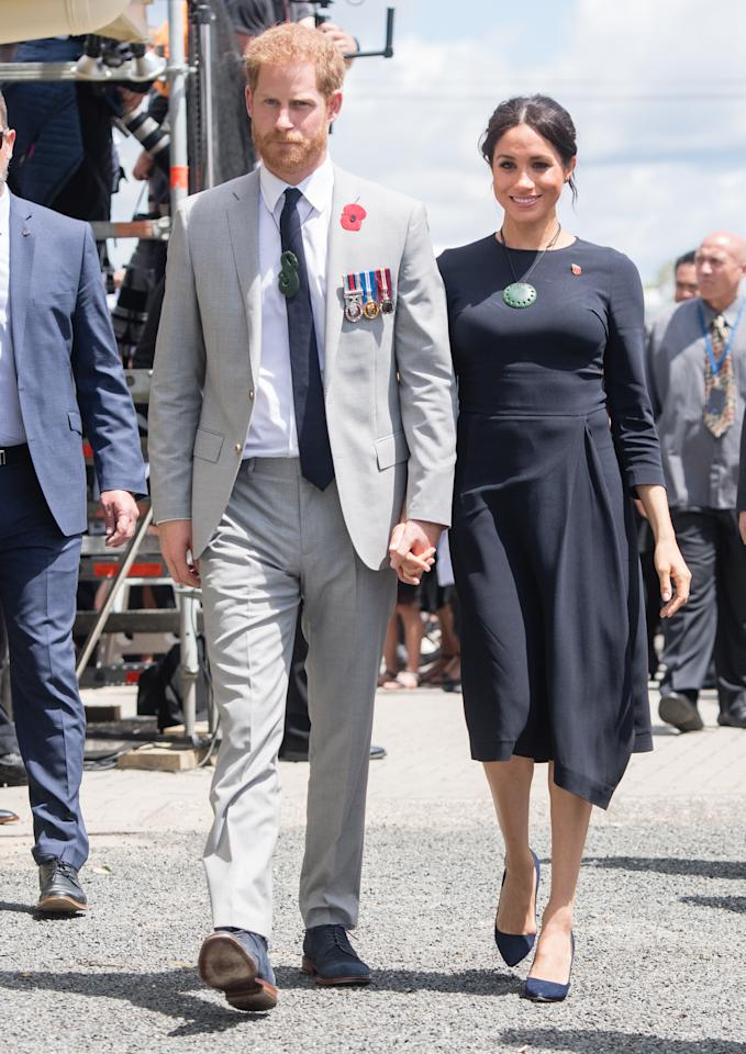 <p>Meghan arrived in Rotorua wearing bespoke Stella McCartney. She later added a traditional 'Korowai' to her look. <em>[Photo: Getty]</em> </p>