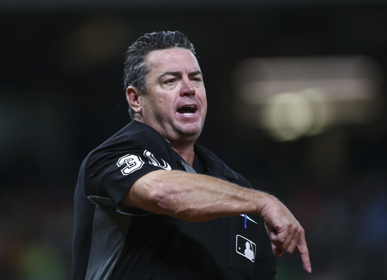 """MLB umpire Rob Drake reportedly tweeted that """"YOU WILL HAVE ANOTHER CIVAL WAR"""" if Donald Trump is impeached. (Troy Taormina/Reuters)"""
