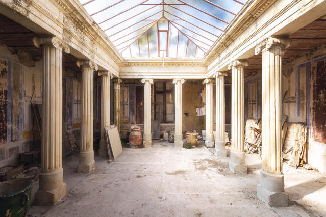 "<p>Robroek commented: ""Most of these buildings were a walk in the park: Everything was open, and no one was looking after it anymore."" (Photo: Roman Robroek/Caters News) </p>"
