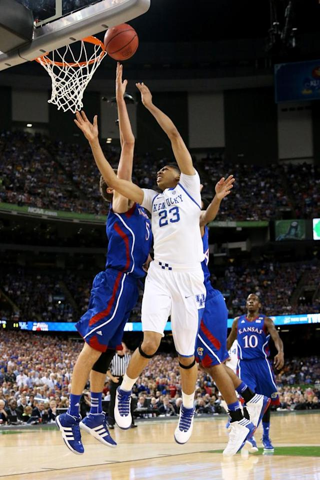 Anthony Davis #23 of the Kentucky Wildcats goes up for a shot agaisnt Jeff Withey #5 of the Kansas Jayhawks in the first half in the National Championship Game of the 2012 NCAA Division I Men's Basketball Tournament at the Mercedes-Benz Superdome on April 2, 2012 in New Orleans, Louisiana. (Photo by Ronald Martinez/Getty Images)