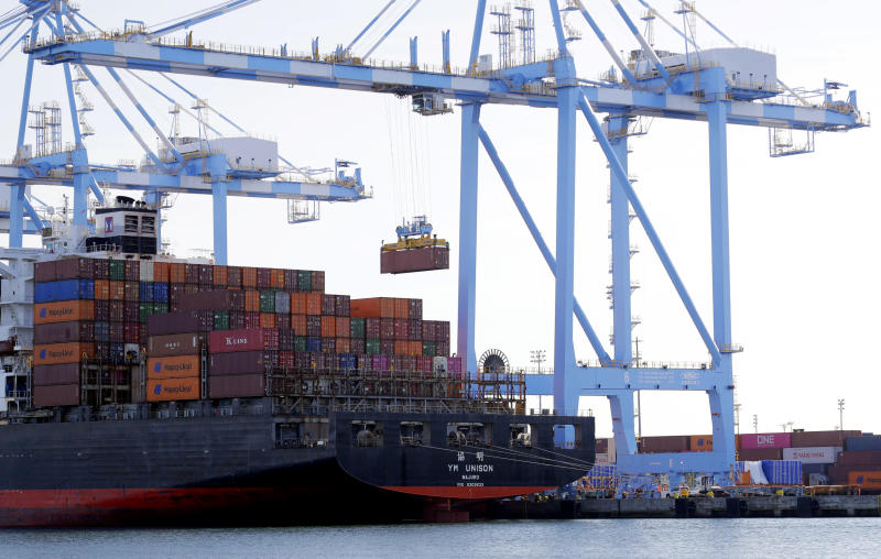 U.S.  trade deficit surges in July to highest in 12 years