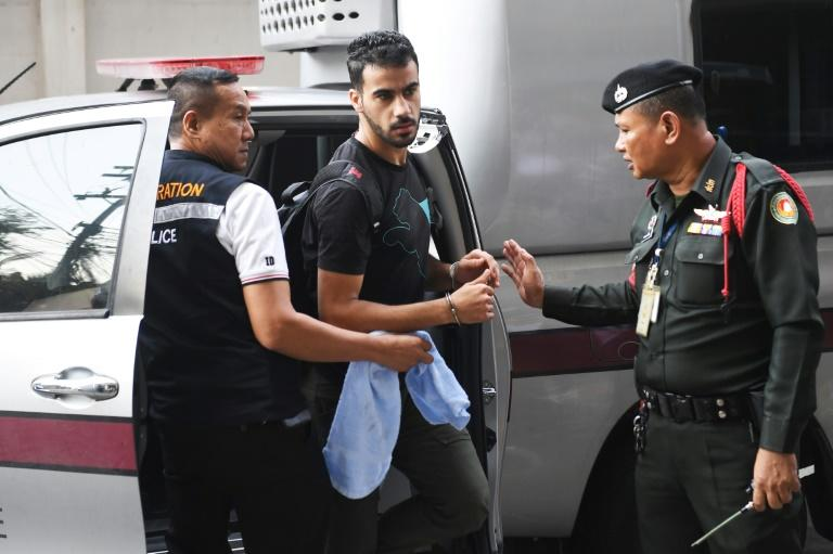 Australia PM urges Thailand to free refugee footballer