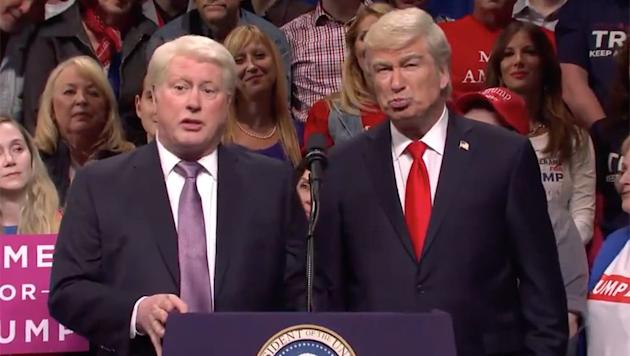 Alec Baldwin, Darrell Hammond Reprise Presidential Roles on 'Saturday Night Live'