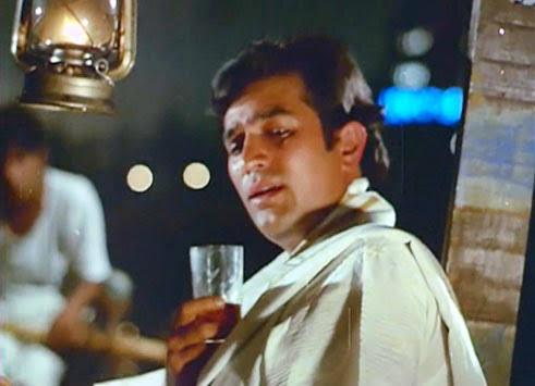 Rajesh Khanna had outdone himself many times over as 'Anand Babu' of<em> Amar Prem</em>. I watched this movie as a child and continued to believe Rajesh Khanna was a Bengali in real life, till I learned, Khanna is a north Indian surname. It was a timeless performance that pushes us to fall for the actor over and over again. His calling out, 'Pushpa' every time, and the pensive, 'I hate tears' that followed, haunts the romantic soul decades after the movie was made and released.