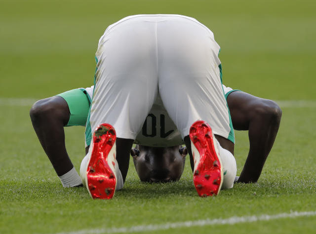 Senegal's Sadio Mane celebrates hs side's opening goal during the group H match between Japan and Senegal at the 2018 soccer World Cup at the Yekaterinburg Arena in Yekaterinburg , Russia, Sunday, June 24, 2018. (AP Photo/Vadim Ghirda)