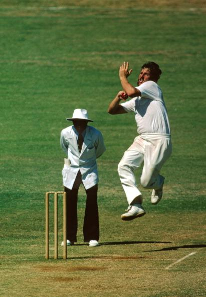 Ian Botham bowling in a high degree of heat.  He took 6-58 and 7-48 for a 13 wicket haul.  In the second innings he bowled 26 overs out of 52.1 in the innings., India v England, Jubilee Test, Bombay, Mar 1979-80.  (Photo by Patrick Eagar/Patrick Eagar Col