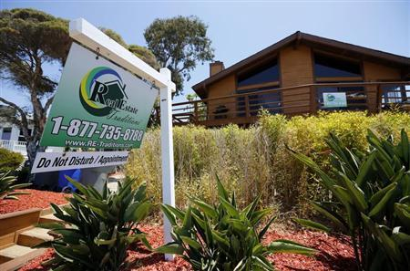 Single family home is shown for sale in Encinitas