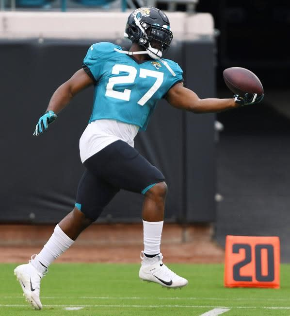 NFL stunner: Jags waive Fournette after failing to trade him
