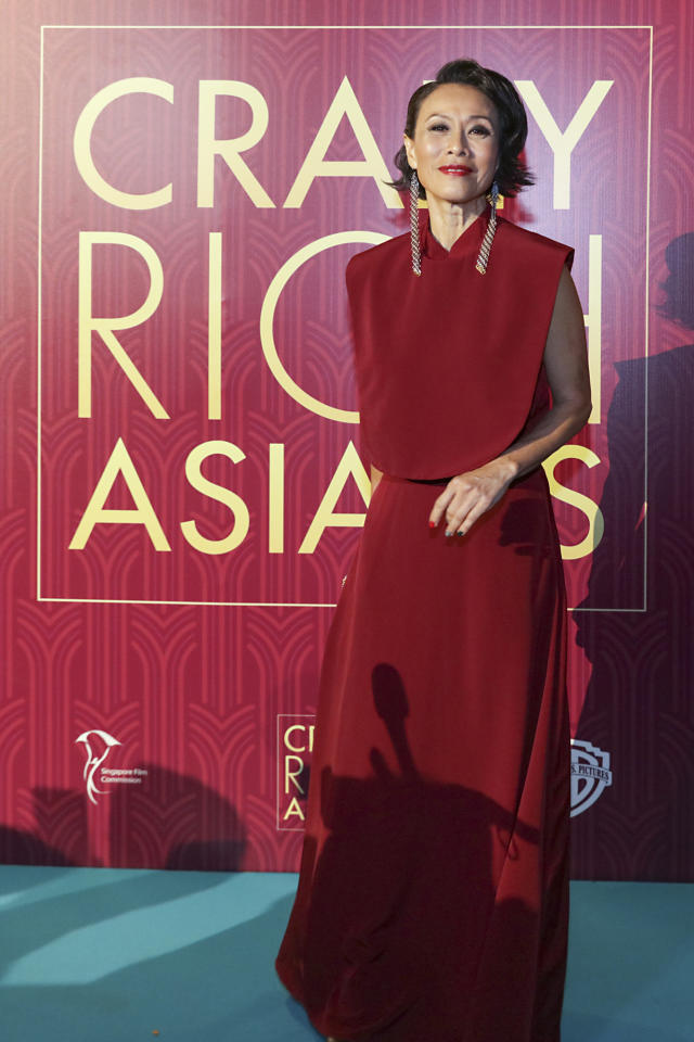 <p>Singaporean actress Tan Kheng Hua poses for photographers at the Singapore premiere of 'Crazy Rich Asians' on 21 August 2018. (PHOTO: Yahoo Lifestyle Singapore) </p>