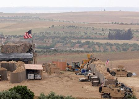 FILE PHOTO: U.S. forces set up a new base in Manbij