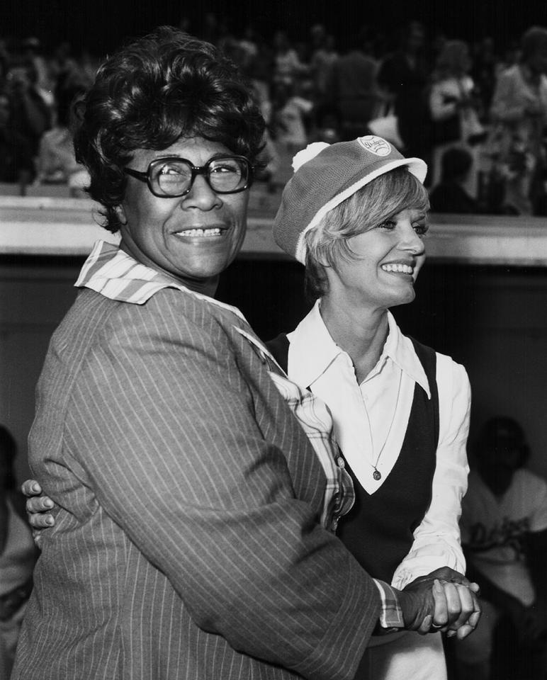 <p>Singer Ella Fitzgerald cheering on her fellow celebrities during a charity baseball game, with Florence Henderson, August 1973. (Photo by Frank Edwards/Archive Photos/Getty Images) </p>