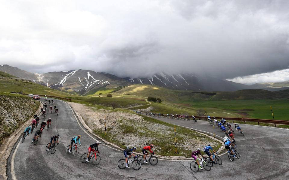 The Giro d'Italia puts the mountains behind itself for a few days - GETTY IMAGES