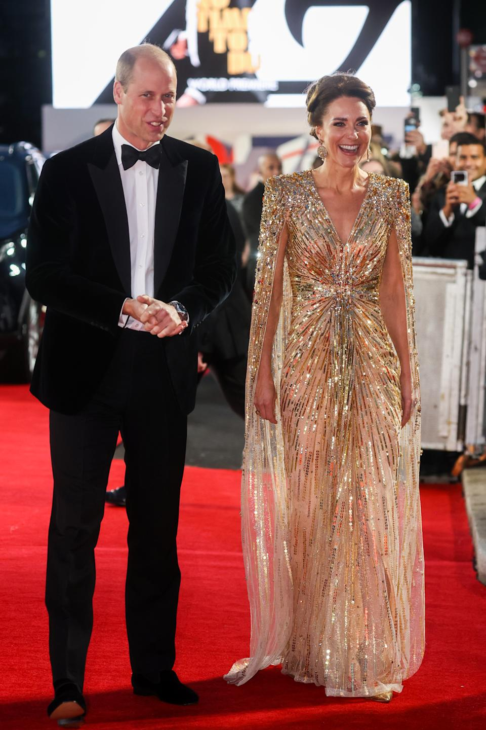 The Duchess of Cambridge stunned in a gold caped gown by Jenny Packham. (Getty Images)