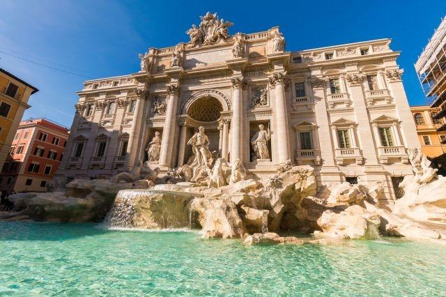 Rome bans souvenir stands from major tourist sites