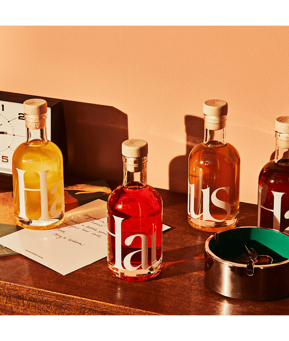 """<h2>Haus Sampler Kit</h2><br>Haus aperitifs were made for summer happy hours at home, dinner parties, and sips on the porch. Gift dad the brand's bestselling sampler kit for a taste of four unique flavors. (And score free ground shipping!)<br><br><em>Shop</em> <strong><em><a href=""""http://drink.haus"""" rel=""""nofollow noopener"""" target=""""_blank"""" data-ylk=""""slk:Haus"""" class=""""link rapid-noclick-resp"""">Haus</a></em></strong><br><br><strong>Haus</strong> The Sampler Kit, $, available at <a href=""""https://go.skimresources.com/?id=30283X879131&url=https%3A%2F%2Fdrink.haus%2Fproducts%2Fhaus-sampler-kit"""" rel=""""nofollow noopener"""" target=""""_blank"""" data-ylk=""""slk:Haus"""" class=""""link rapid-noclick-resp"""">Haus</a>"""