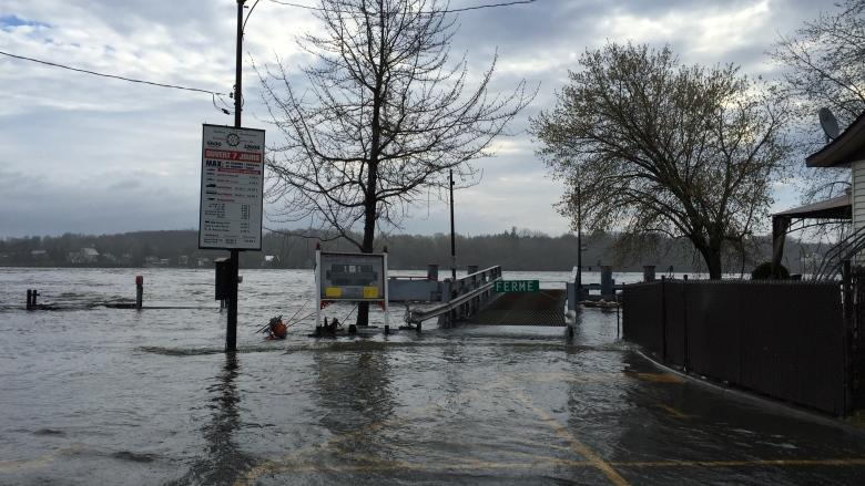 Flooding continues to plague parts of Quebec after rainy start to week