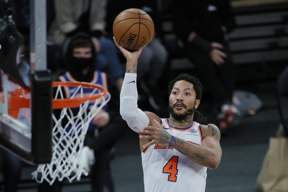 Derrick Rose #4 of the New York Knicks goes to the basket during the second half against the Charlotte Hornets at Madison Square Garden on April 20, 2021 in New York City. NOTE TO USER: User expressly acknowledges and agrees that, by downloading and or using this photograph, User is consenting to the terms and conditions of the Getty Images License Agreement. (Photo by Sarah Stier/Getty Images)