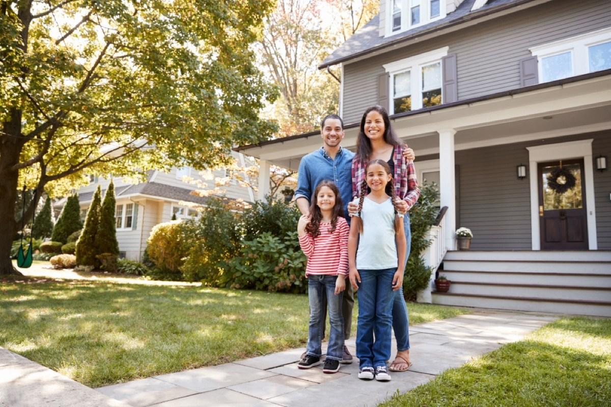 """If you're looking for space, the suburbs are definitely the place to find it. According to <a href=""""https://www.census.gov/const/C25Ann/sftotalmedavgsqft.pdf"""" target=""""_blank"""">U.S. Census data</a>, the average new American home is a roomy 2,143 square feet as of 2010. In contrast, a report from real estate intelligence company <a href=""""https://www.rentcafe.com/blog/rental-market/real-estate-news/us-average-apartment-size-trends-downward/"""" target=""""_blank"""">Yardi Matrix</a>reveals that the size of the average new apartment that year was just 984 square feet (which has since declined to just 941 square feet as of 2018)."""