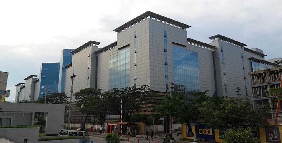 <p><b>11. Jamuna Future Park </b></p> <p>Dhaka, Bangladesh</p> <p>Gross Leasable Area (GLA): 380,000 sqm</p> <p>Photo: By Chicken7 (Camera, on visit to the country.) [GFDL (http://www.gnu.org/copyleft/fdl.html) or CC-BY-SA-3.0 (http://creativecommons.org/licenses/by-sa/3.0)], via Wikimedia Commons</p>