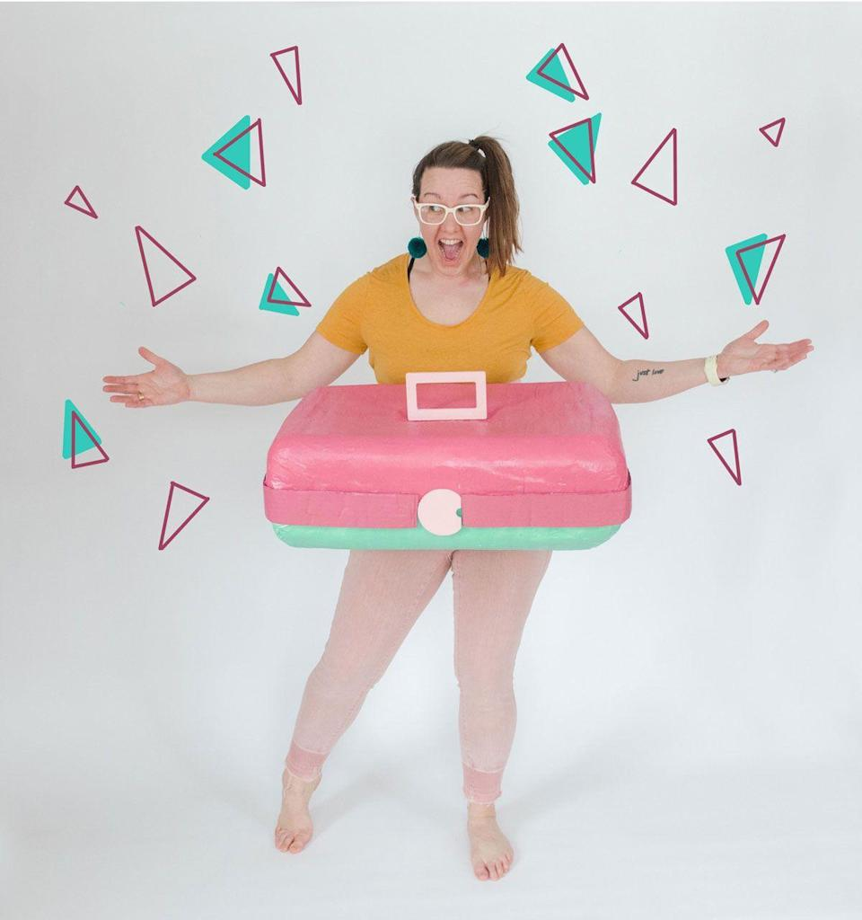 """<p>Organize your Halloween candy in style this year by dressing up as a Caboodles makeup case. For extra nostalgia points, be sure to choose a throwback color combination, like pink and teal, for your costume. </p><p><strong>See more at <a href=""""https://ohyaystudio.com/caboodle-costume/"""" rel=""""nofollow noopener"""" target=""""_blank"""" data-ylk=""""slk:Oh Yay Studio"""" class=""""link rapid-noclick-resp"""">Oh Yay Studio</a>.</strong></p><p><a class=""""link rapid-noclick-resp"""" href=""""https://go.redirectingat.com?id=74968X1596630&url=https%3A%2F%2Fwww.walmart.com%2Fip%2F2-Pack-Gold-Medal-All-Purpose-Flour-10-Lb%2F963877437&sref=https%3A%2F%2Fwww.thepioneerwoman.com%2Fholidays-celebrations%2Fg32645069%2F80s-halloween-costumes%2F"""" rel=""""nofollow noopener"""" target=""""_blank"""" data-ylk=""""slk:SHOP FLOUR"""">SHOP FLOUR</a></p>"""