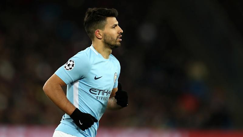 Man City's Aguero confirms knee surgery