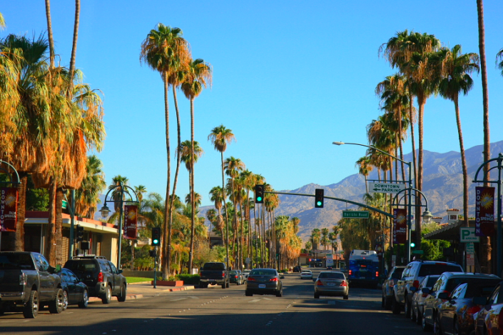 palm springs, california. wikimedia commons