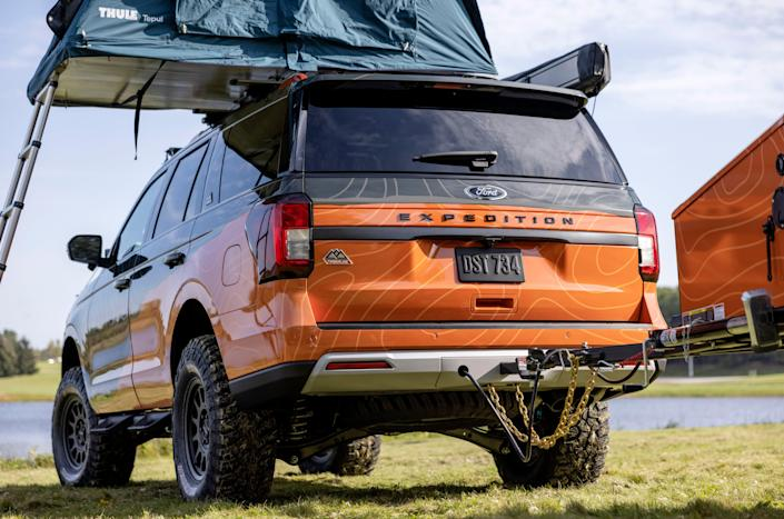 """Fordunveils its FordExpedition Timberline Off-Grid concept on Oct. 8, 2021 that will be featured atthe Overland Expo East in Arrington, Virginia.The one-off model,based on the new 2022 Ford Expedition Timberline series touted as """"the most off-road-capable Expedition ever,""""is designedto show """"a futuristic view of how family adventurers can do everything."""""""