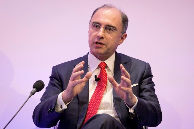 London Stock Exchange boss leaves amid boardroom row
