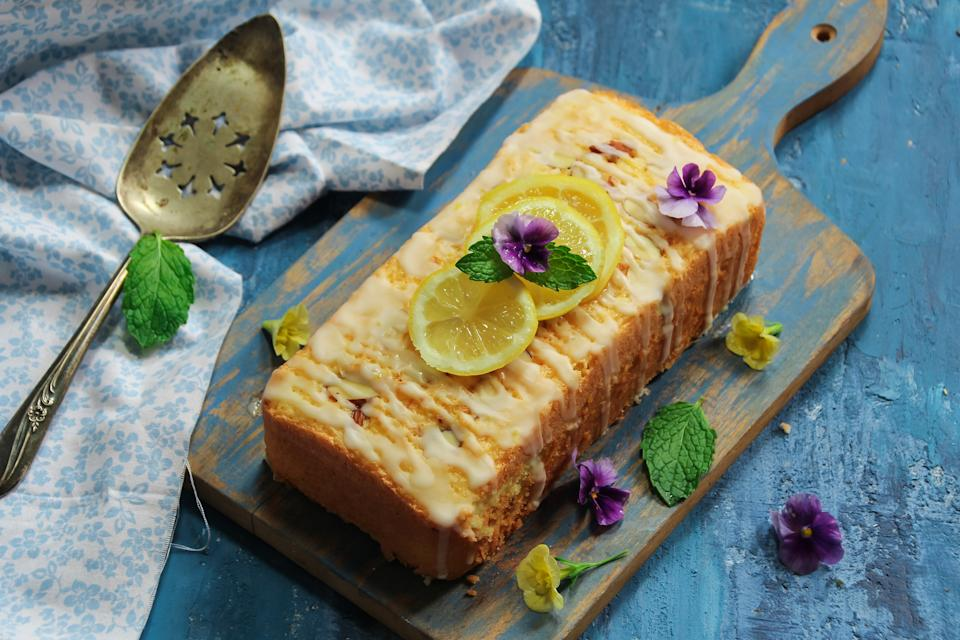 Lemon drizzle cake (Getty)
