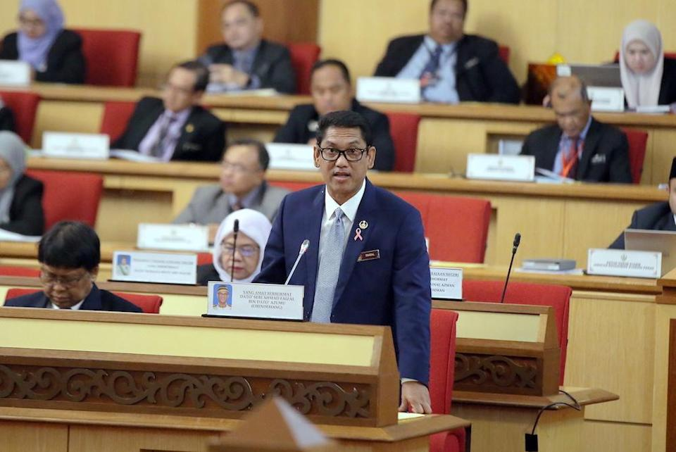The Bill, suggested by Mentri Besar Datuk Seri Ahmad Faizal Azumu, will also lower the eligible age of electoral candidates from 21 to 18. — Picture by Farhan Najib