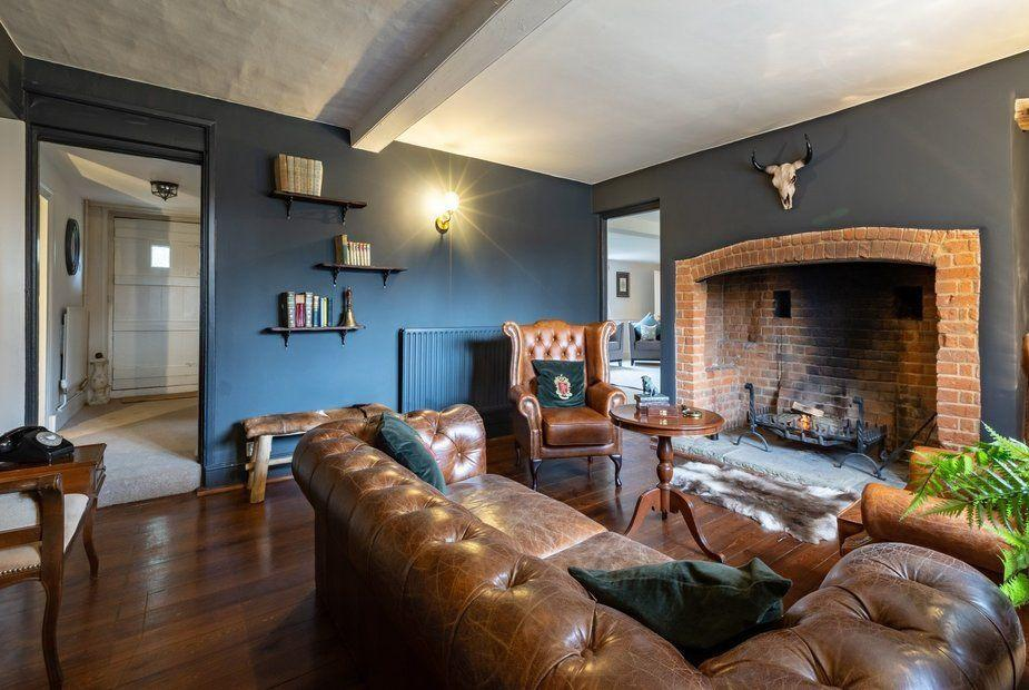 <p>We love this seating area in Buckinghamshire House, which looks as welcoming as can be. </p>