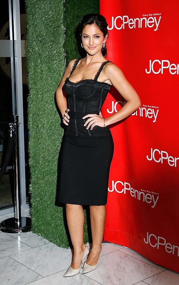 "Minka Kelly flaunts her curves in a black bustier dress. Mark Von Holden/<a href=""http://www.wireimage.com"" target=""new"">WireImage.com</a> - February 10, 2009"