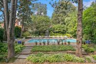 <p>A garden and a pool? In Georgetown? Yes, please!</p>