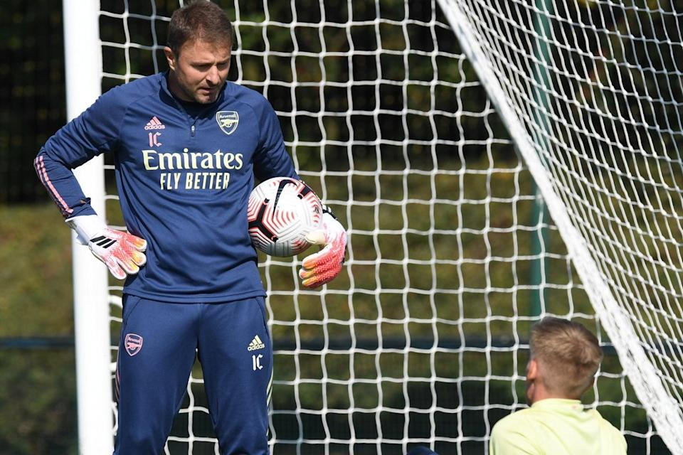 <p>Arsenal goalkeeping coach Inaki Cana and Runarsson previously worked together at FC Nordsjælland.</p>Arsenal FC via Getty Images