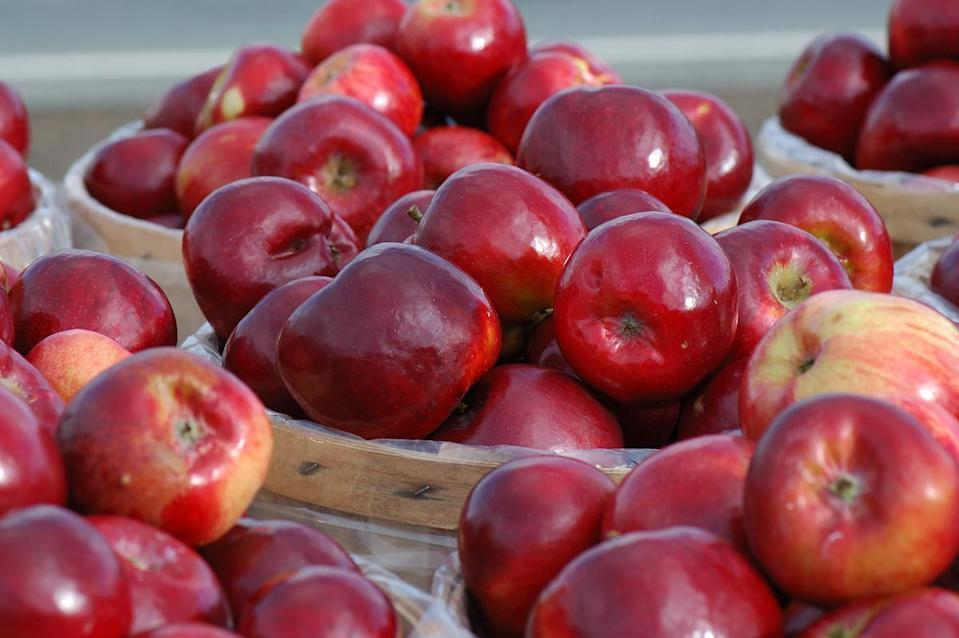 <p>Red Delicious are the most widely recognized of all apple varieties, and they originated in Iowa in the 1870s. They're crisp, juicy and have a mild sweetness but can tend to have a mealy texture.</p>