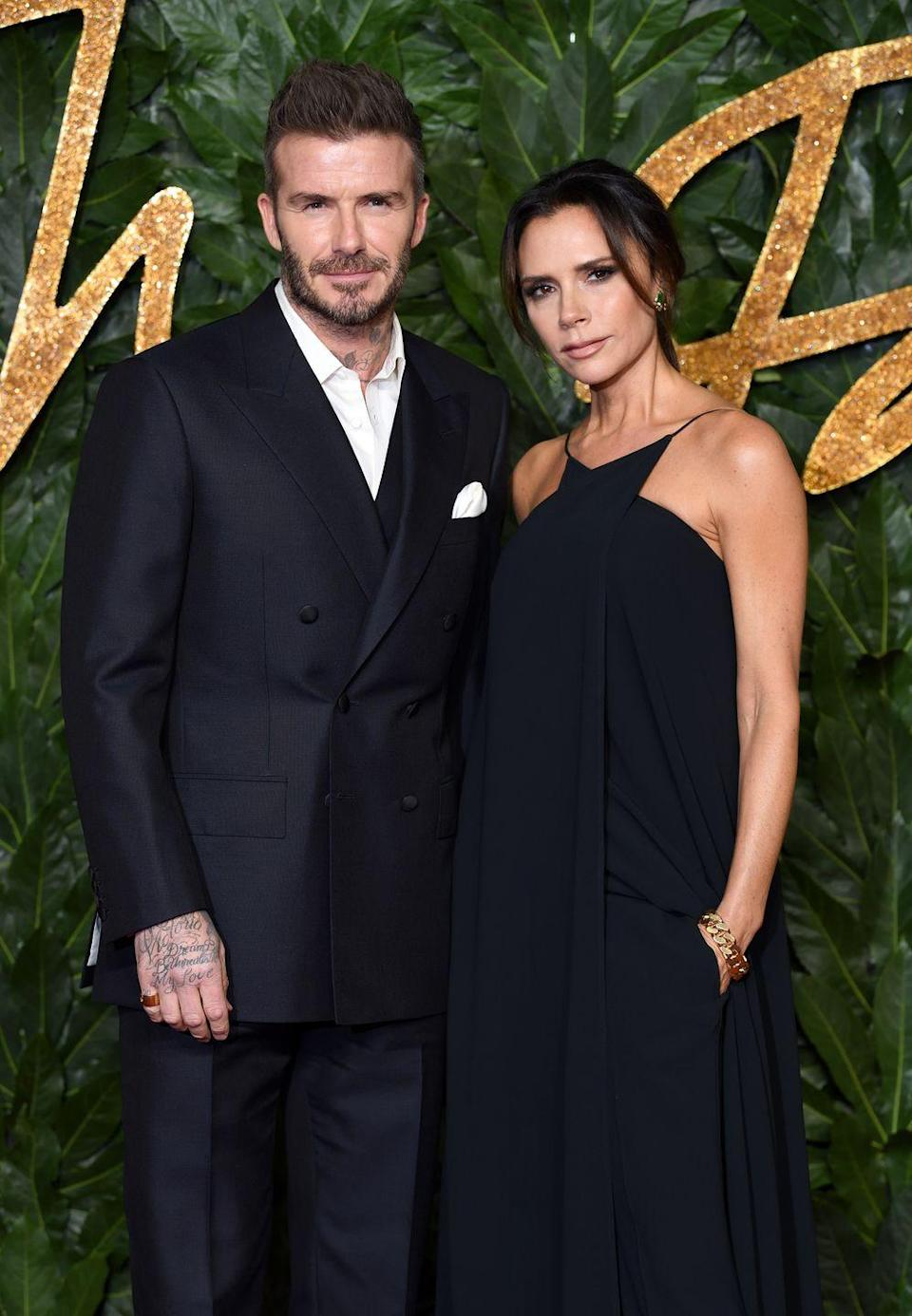 "<p>The most stylish couple ever had an <a href=""https://www.popsugar.com/celebrity/photo-gallery/43688948/embed/43688952/nuptials-reportedly-cost-whopping-800000"" rel=""nofollow noopener"" target=""_blank"" data-ylk=""slk:$800,000 bash"" class=""link rapid-noclick-resp"">$800,000 bash</a> at Ireland's Luttrellstown Castle on July 4, 1999. More than 200 people attended the event. Elton John was supposed to perform at the reception, but had a heart attack that stopped him from doing so. </p>"