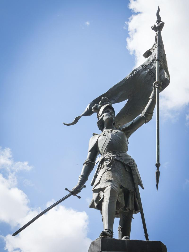 "<a href=""http://www.history.com/topics/saint-joan-of-arc"">Joan of Arc</a>&nbsp;grew up a peasant in medieval France and reportedly started hearing the voices of saints from a young age. At the age of 18, Joan believed that God had chosen her to lead France to victory in its ongoing war with England. The precocious Joan convinced crowned prince Charles of Valois to allow her to lead a the country&rsquo;s army to Orl&eacute;ans, where it <a href=""http://www.britannica.com/biography/Saint-Joan-of-Arc"">defeated</a>&nbsp;the English and their French allies, the Burgundians. She was subsequently captured by Anglo-Burgundian forces, tried for heresy and burned at the stake in 1431. She was just 19 years old when she died. The Catholic Church canonized her in 1920."