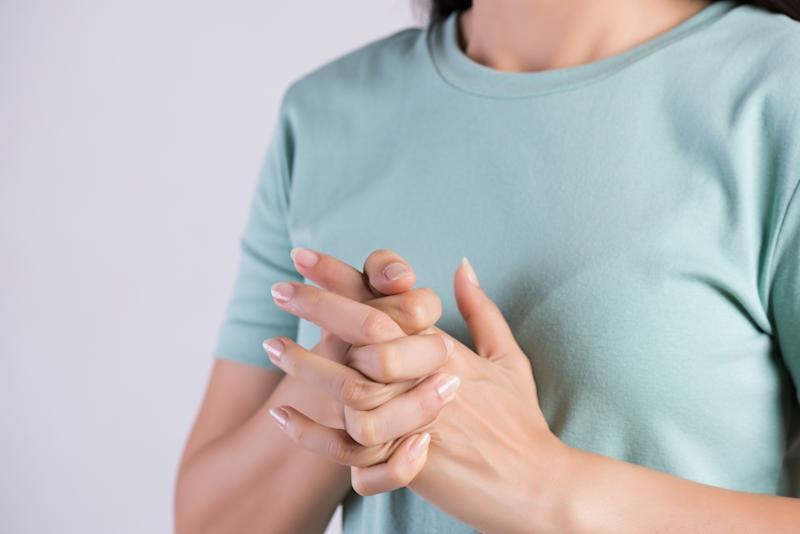 Can Cracking Your Knuckles Cause Arthritis?