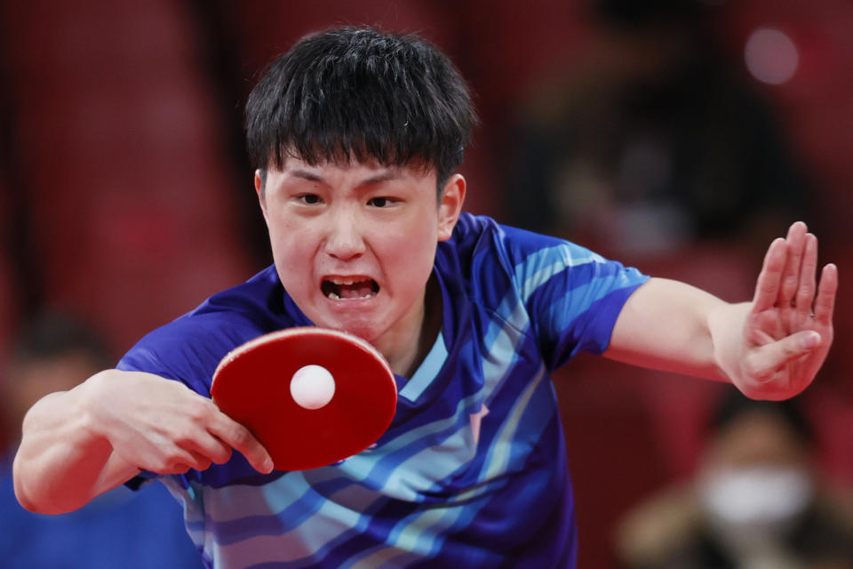 <p>Harimoto Tomokazu (L) of Team Japan in action during his Men's Team Bronze Medal table tennis match on day fourteen of the Tokyo 2020 Olympic Games at Tokyo Metropolitan Gymnasium on August 06, 2021 in Tokyo, Japan. (Photo by Steph Chambers/Getty Images)</p>