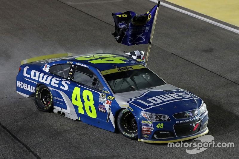 "1. Jimmie Johnson (Hendrick-Chevrolet): Champion mit P1 im Rennen<span class=""copyright"">NASCAR Media</span>"