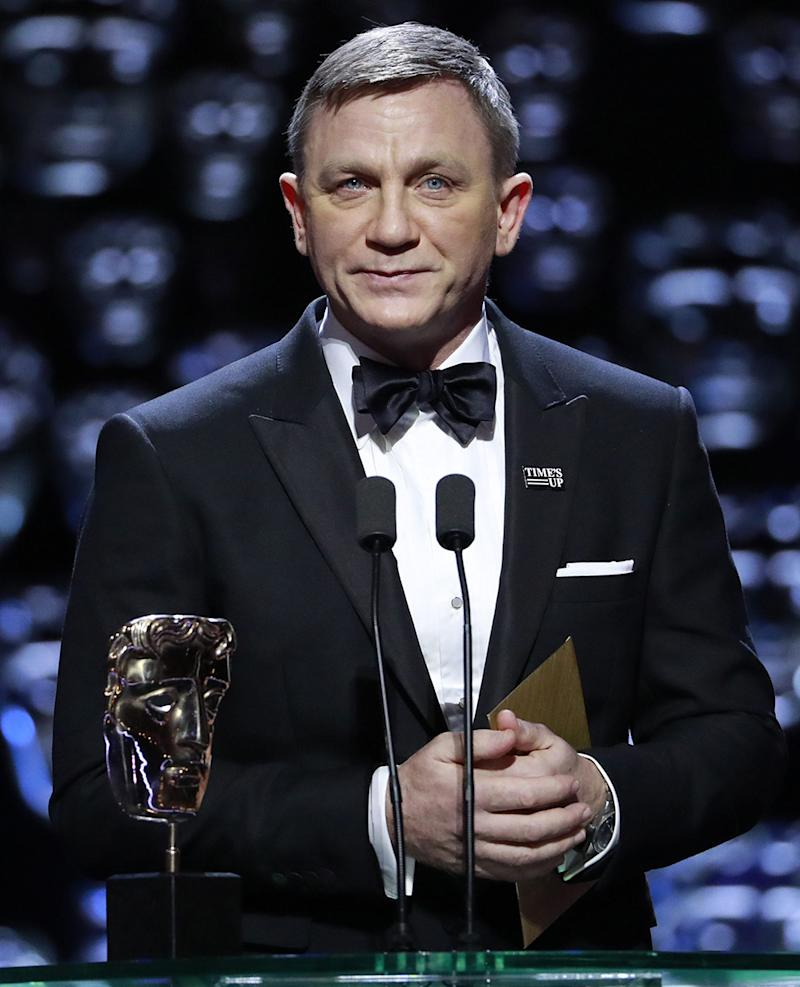 People are really confused by Daniel Craig's face