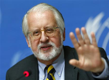 Paulo Pinheiro, chairperson of the International Commission of Inquiry on Syria talks to media during a news conference in Geneva September 16, 2013. REUTERS/Ruben Sprich